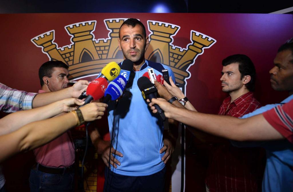 Eduardo apresentado em Braga