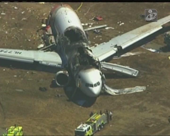 São Francisco: pilotos ainda tentaram abortar aterragem