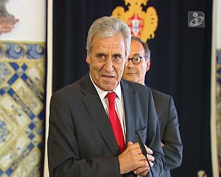 PCP foi dizer a Cavaco que quer novas eleições