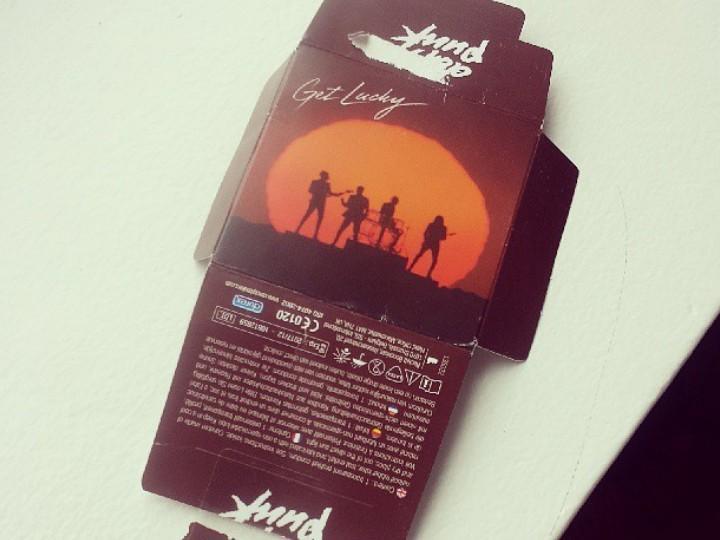 Preservativos «Get Lucky», dos Daft Punk (Instagram Diplo)