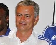 José Mourinho à chegada so Aeroporto de Banguecoque Foto: Reuters