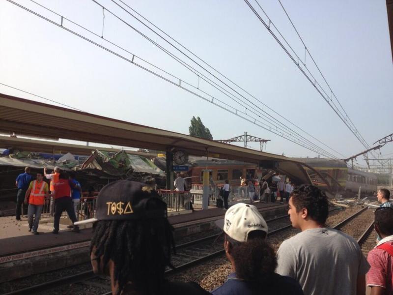 Acidente de Comboio em Paris (twitter)