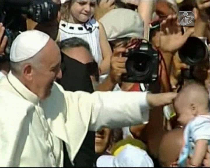 Papa no Rio de Janeiro: saiba que pedido Francisco fez à organização