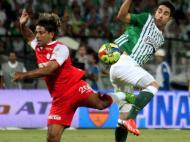 Atlético Nacional vs Indepediente Santa Fé [EPA/Luis Eduardo Noriega]