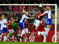 Euro Feminino Dinamarca vs Finlândia [EPA/Adam Ihse]