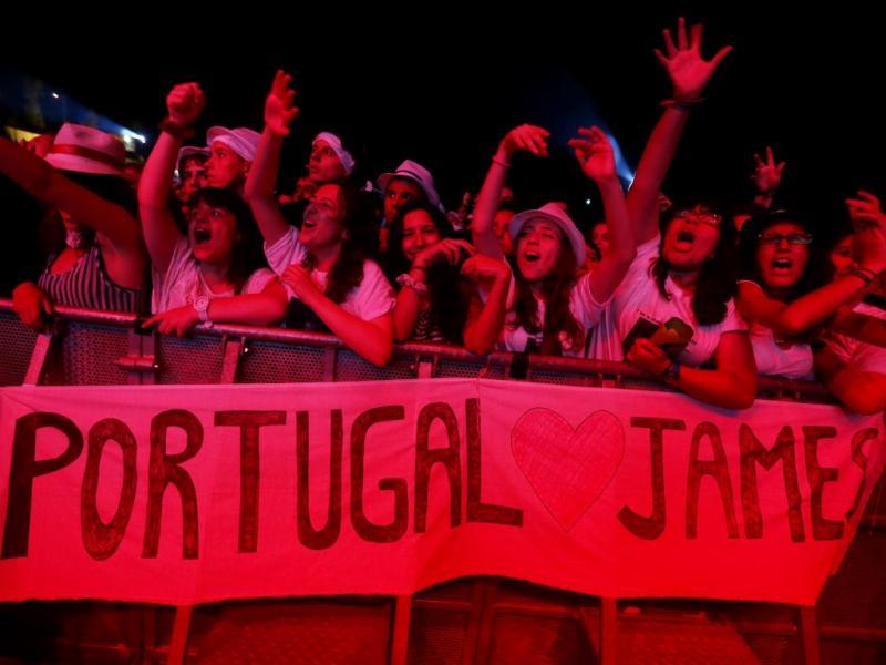 Fãs de James Morrison no MEO Marés Vivas 2013 (José Coelho/Lusa)