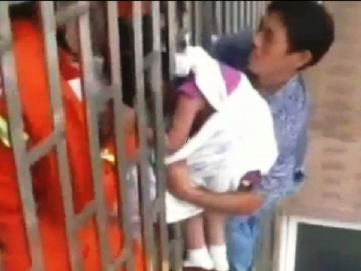 Criança foi resgatada do 24º andar de um prédio
