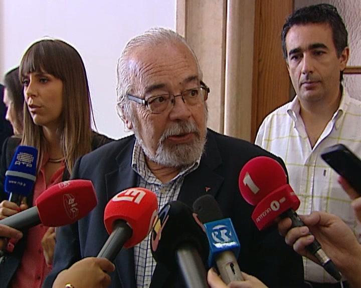Fesap quer reunião urgente com Paulo Portas