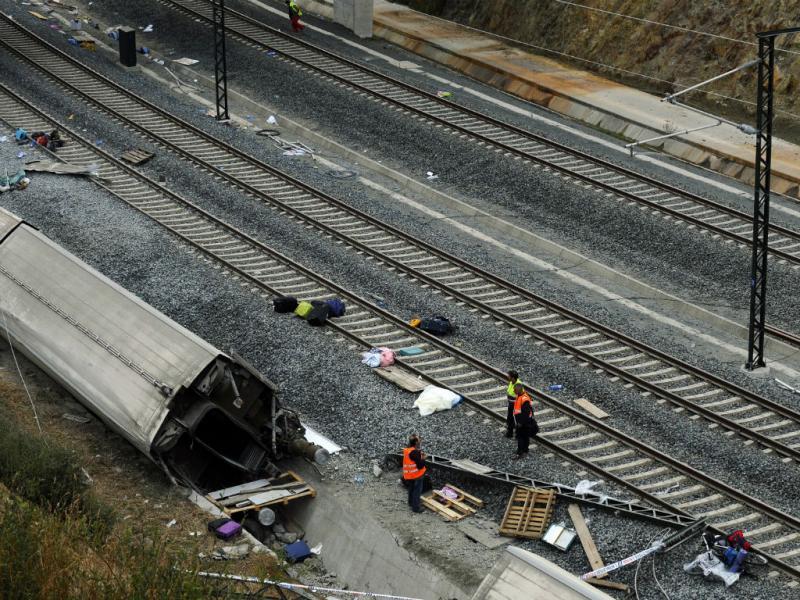 Acidente de comboio em Santiago Compostela (Reuters)
