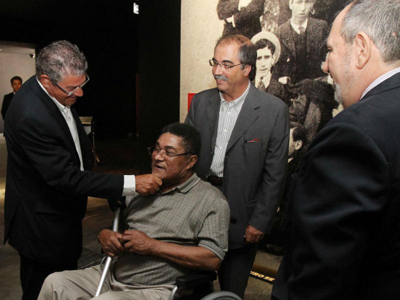 Museu Cosme Damião: Eusébio e antigas glórias marcaram presença