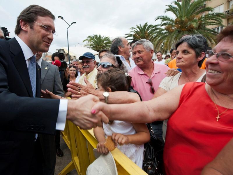 Passos Coelho em campanha em Pombal (LUSA)