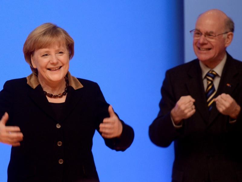 Angela Merkel e Norbert Lammert (Reuters)
