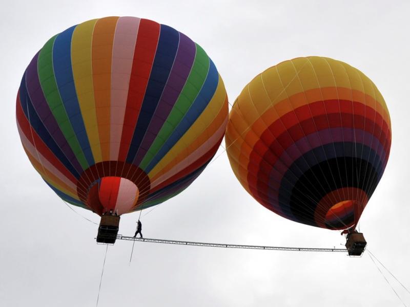 Aisikaier Wubulikasimu não tem medo de alturas (REUTERS/Stringer)