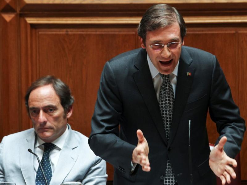 Passos Coelho e Paulo Portas no Parlamento (Lusa)