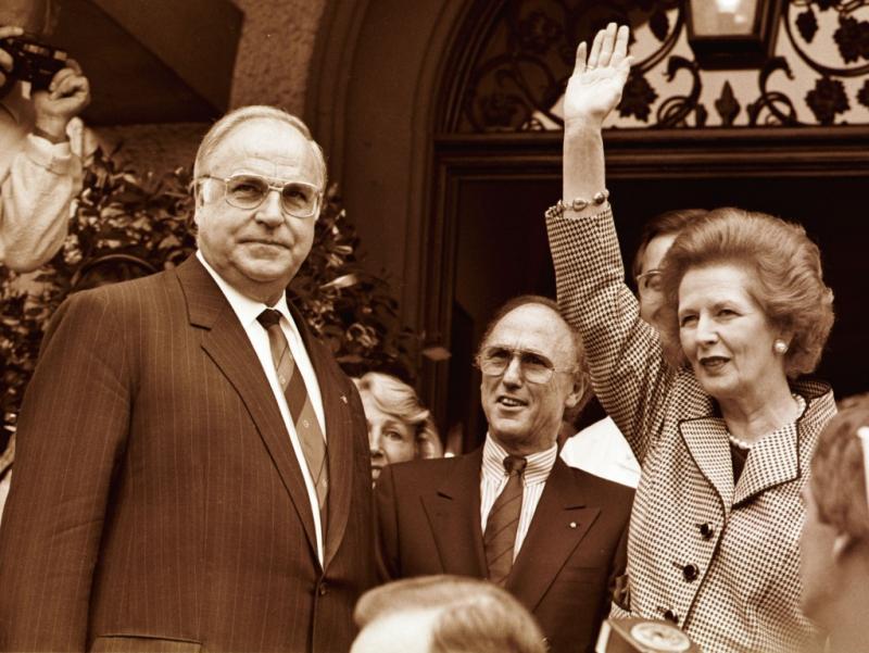 Helmut Kohl e Margaret Thatcher (Arquivo Reuters)