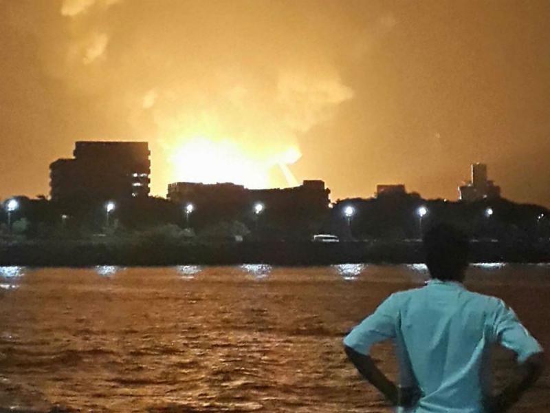 Submarino militar explode com 18 pessoas a bordo (Reuters)