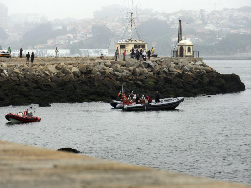 Buscas na Foz do Douro (Lusa/José Coelho)