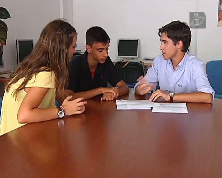 Jornal desvia prémio de alunos para pagamento de salários