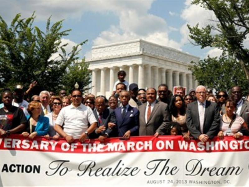 Filho de Luther King pede continuação da luta do pai (REUTERS/Kevin Lamarque)