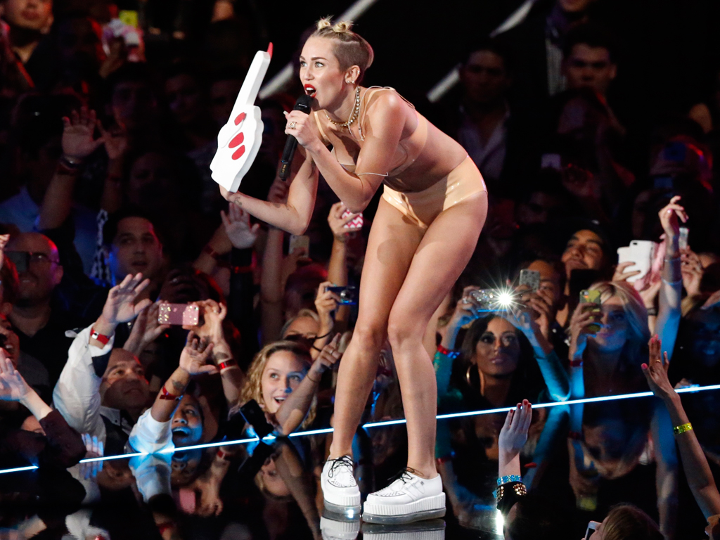 Miley Cyrus nos MTV Video Music Awards 2013 (Reuters)