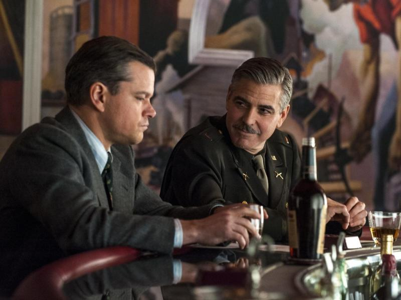 Matt Damon e George Clooney em «The Monuments Men»