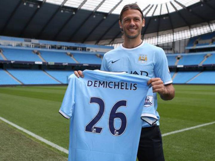 Demichelis no Manchester City (foto site oficial)
