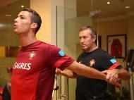 Ronaldo e Coentrão iniciam operação Irlanda no ginásio (Francisco Paraíso / FPF)