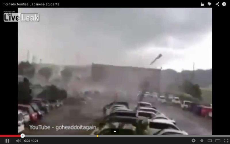 Aluno captura momento em que tornado no Japão se aproxima de escola (Reprodução Youtube)