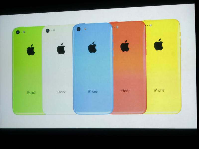 Apple apresenta iPhone 5C [REUTERS]