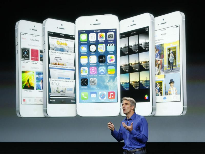 Apple apresenta iPhone 5S e iPhone 5C [REUTERS]