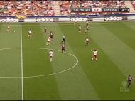 Imagem C: o Áustria de Viena procura evitar o espaço entre linhas com a subida do quarteto defensivo