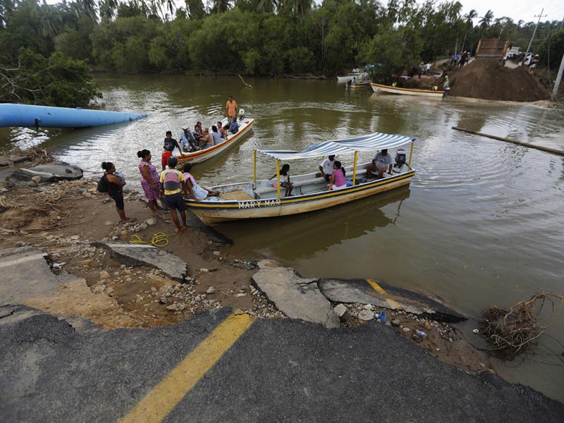 Cheias no México deixam rasto de destruição e morte: pelo menos 80 mortos e 58 desaparecidos (Reuters)