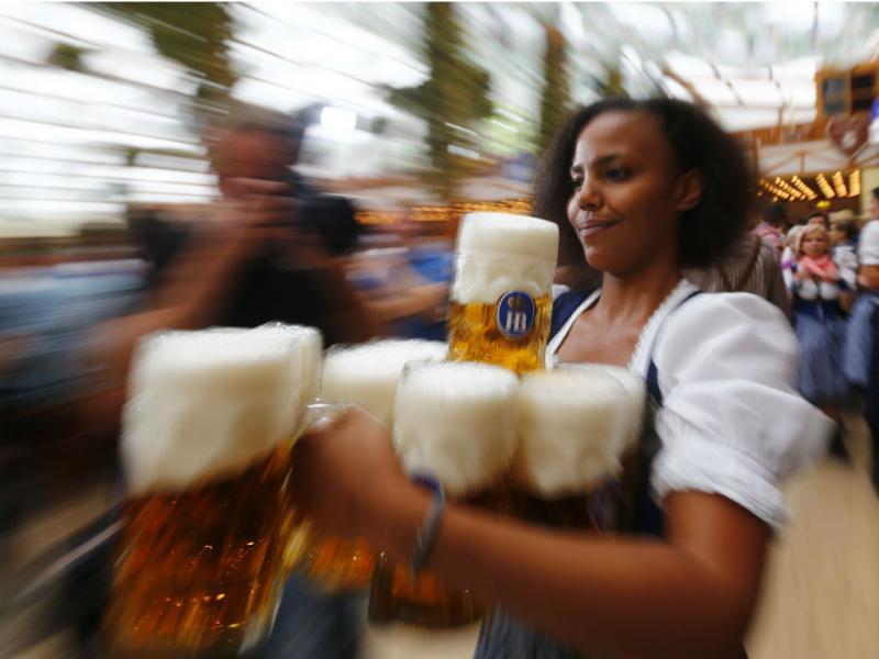 Oktoberfest - o maior festival de cerveja do mundo (Reuters)