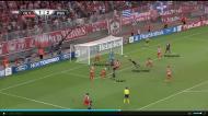 Olympiakos-PSG (Liga dos Campeões): segundo golo de Thiago Motta, numa zona mais central, depois de canto da esquerda de Lavezzi.