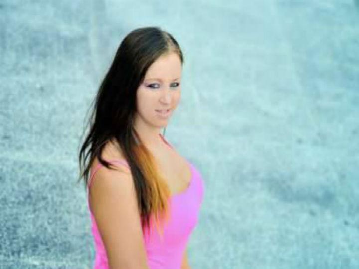 Ania Lisewska pretende fazer sexo com 100 mil homens