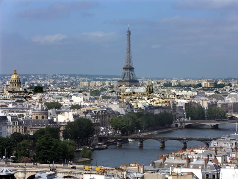 Paris: rio Sena [Reuters]