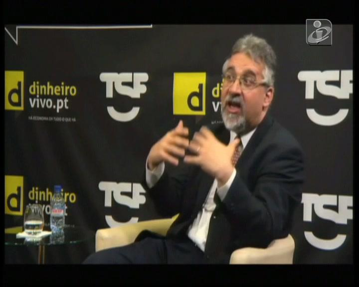 César das Neves critica chumbos do TC