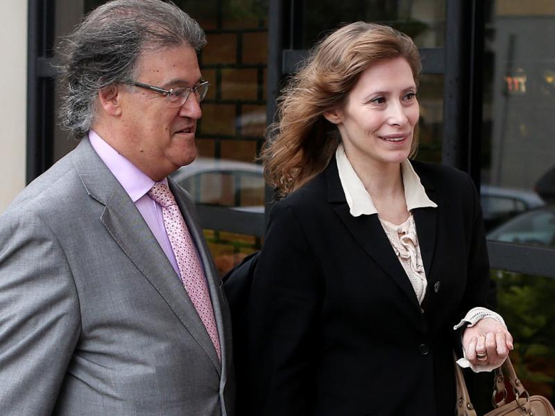 Sónia Brazão à chegada ao tribunal (Lusa)