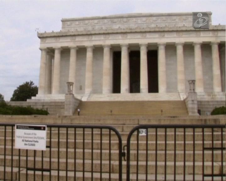 Sem orçamento: EUA continuam «fechados»