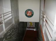 Roland Garros: escada de acesso ao court central [Foto: Luís Mateus]
