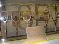 Museu da Federação Francesa de Ténis: a evolução das raquetes [Foto: Luís Mateus]