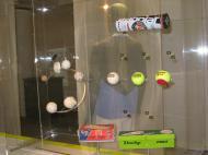 Museu da Federação Francesa de Ténis: a evolução das bolas [Foto: Luís Mateus]