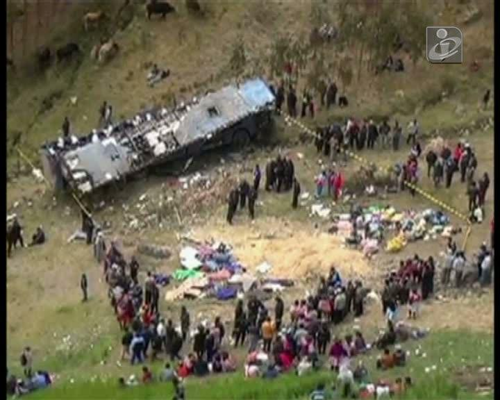 Peru: vários mortos em despiste de um autocarro de passageiros