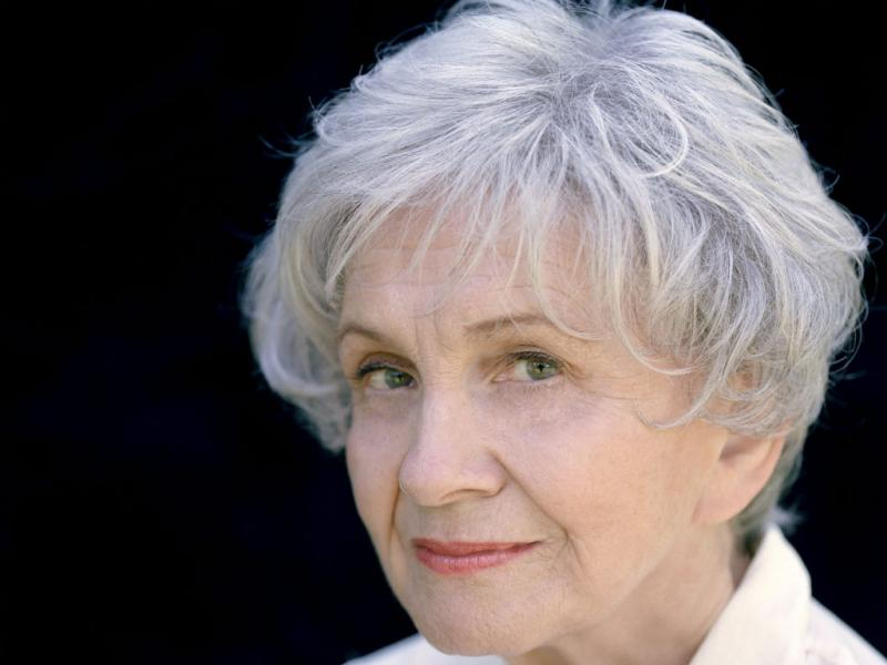 Nobel da Literatura 2013 distingue a canadiana Alice Munro
