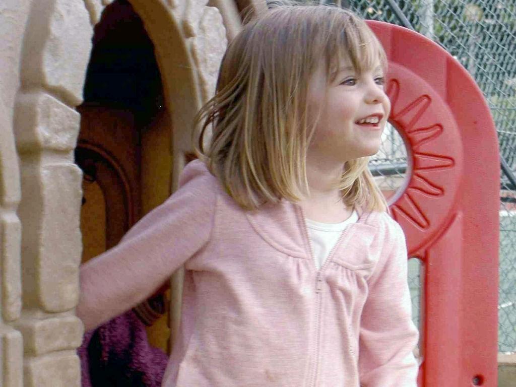Maddie, numa foto tirada por um amigo dos pais, na véspera do dia em que desapareceu. (REUTERS/Foreign and Commonwealth Office)