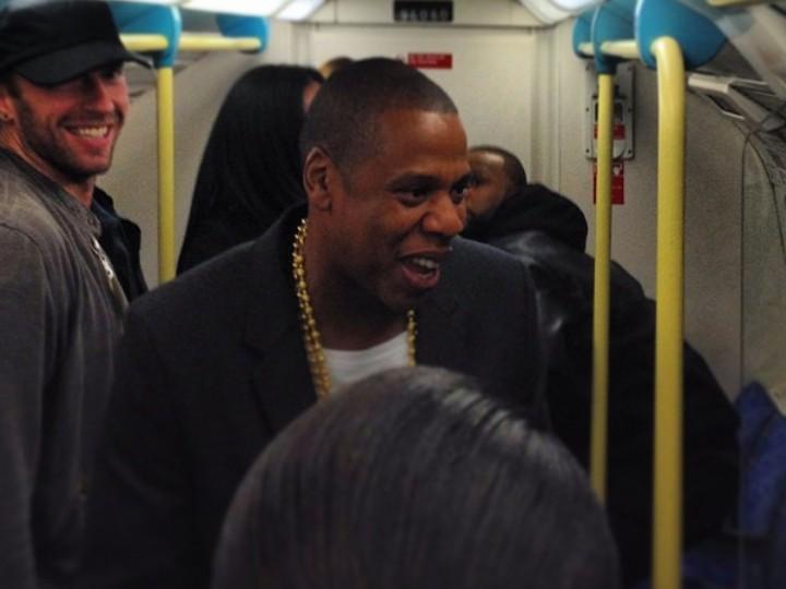Jay-Z e Chris Martin no metro de Londres (Instagram jamierobb92)
