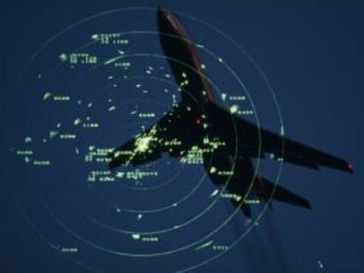 Avião em radar de torre de controlo