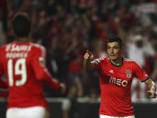 Cardozo: «Bruno Alves pontapeava-me até quando saía do campo»