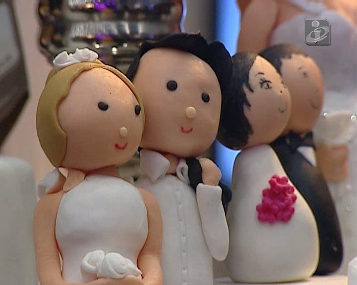 Portuguesas acusadas de bigamia e casamento por conveniência