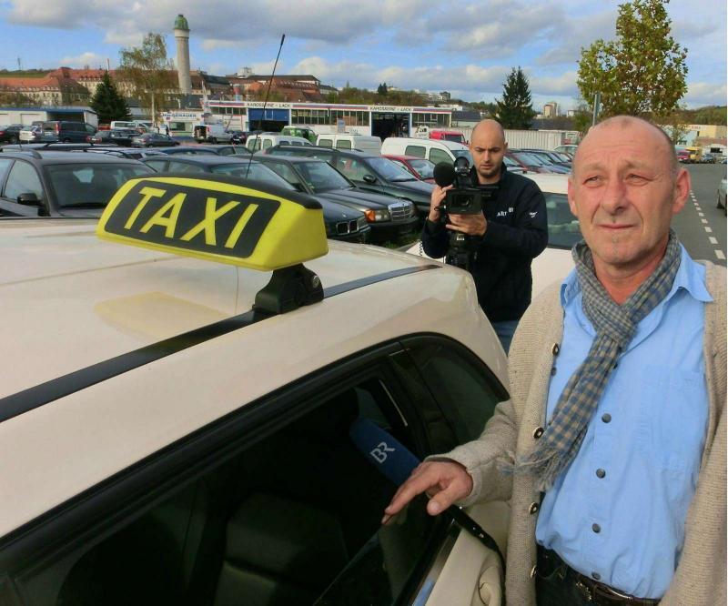Taxista honesto devolve 250.000 (Foto: Lusa / EPA)